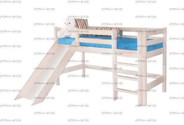 Кровать-чердак низкая Соня13 с прямой лестницей и горкой массив